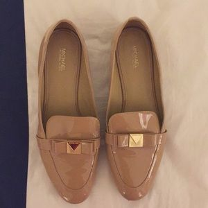 Michael Kors Caroline Gold Bow Nude Loafer Flats